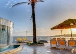Sunny Coast Resort